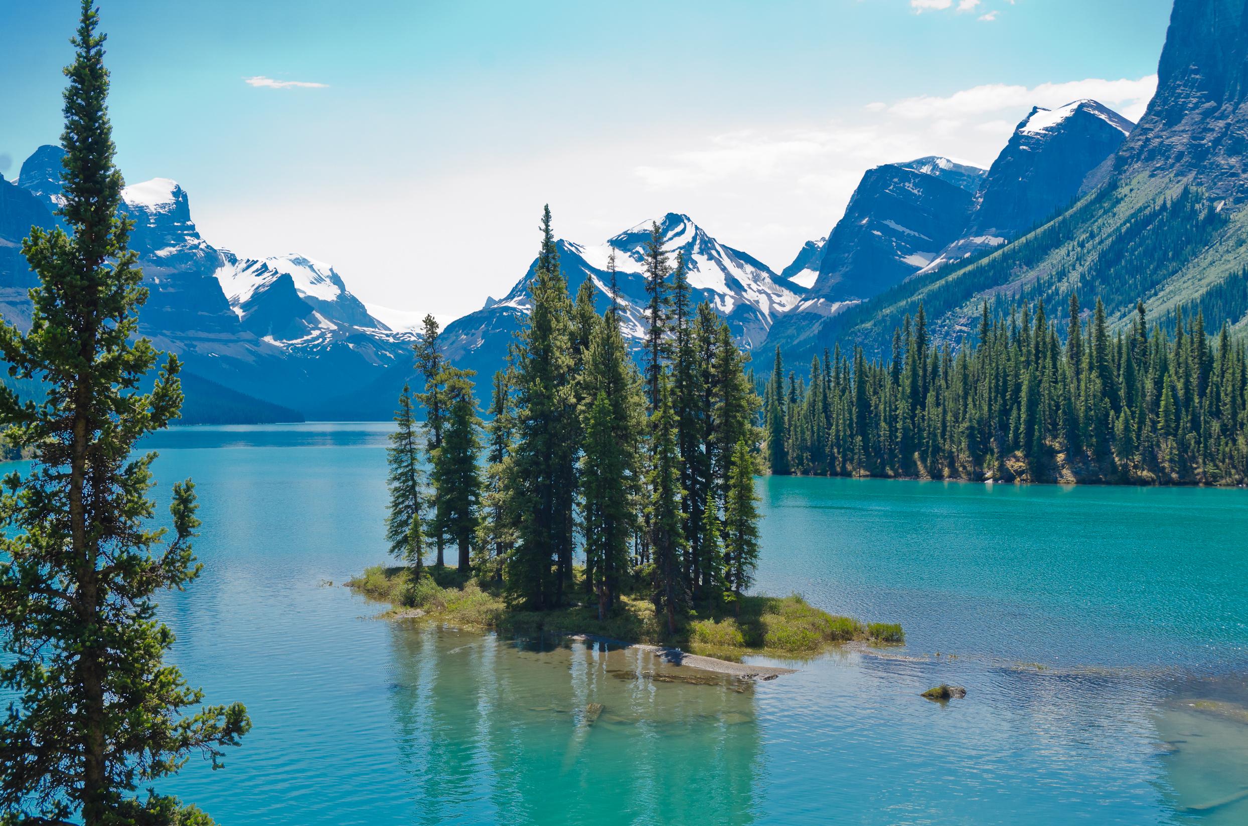 destinations in canada