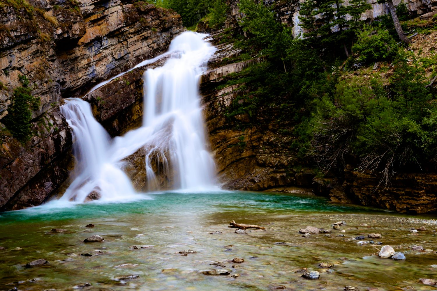 10 of the most picturesque waterfalls in Alberta