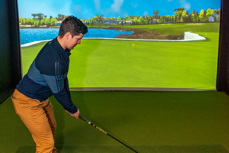 Hotel arts golf
