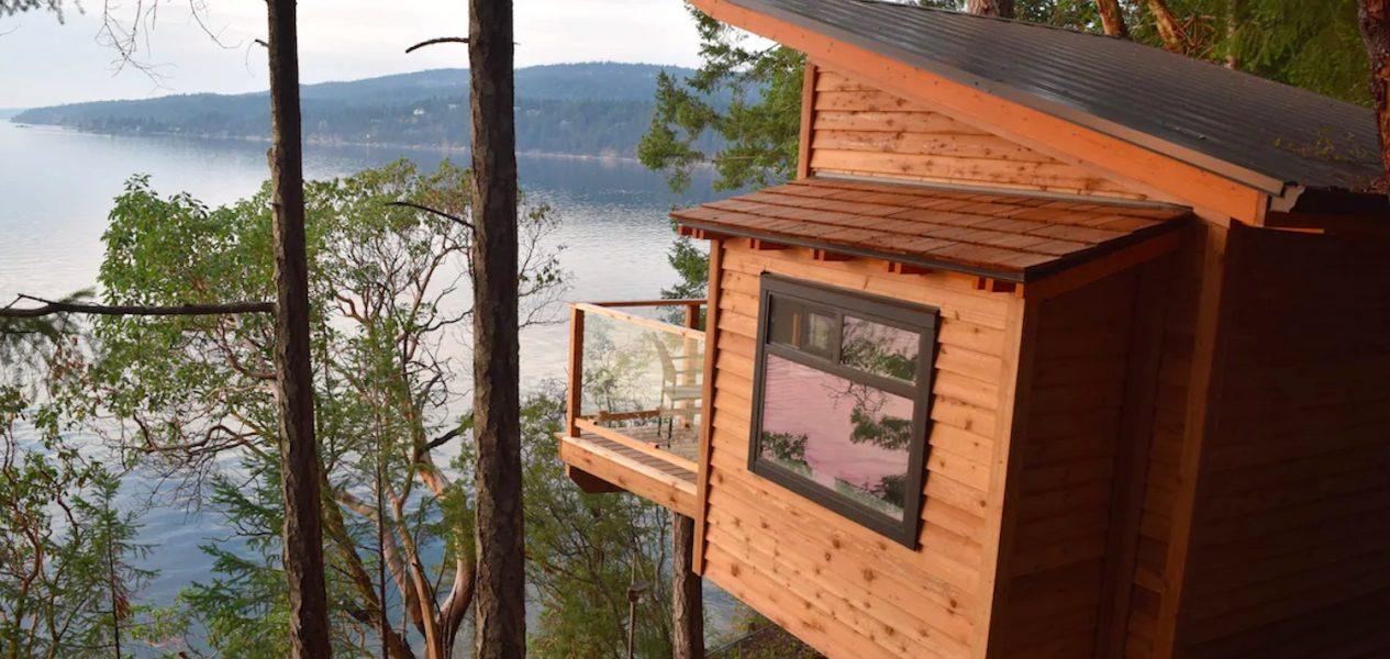 airbnb fall getaways bc