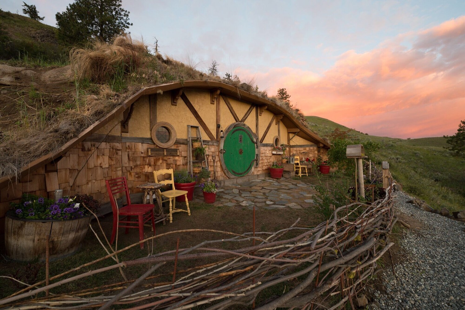 lord of the rings airbnb