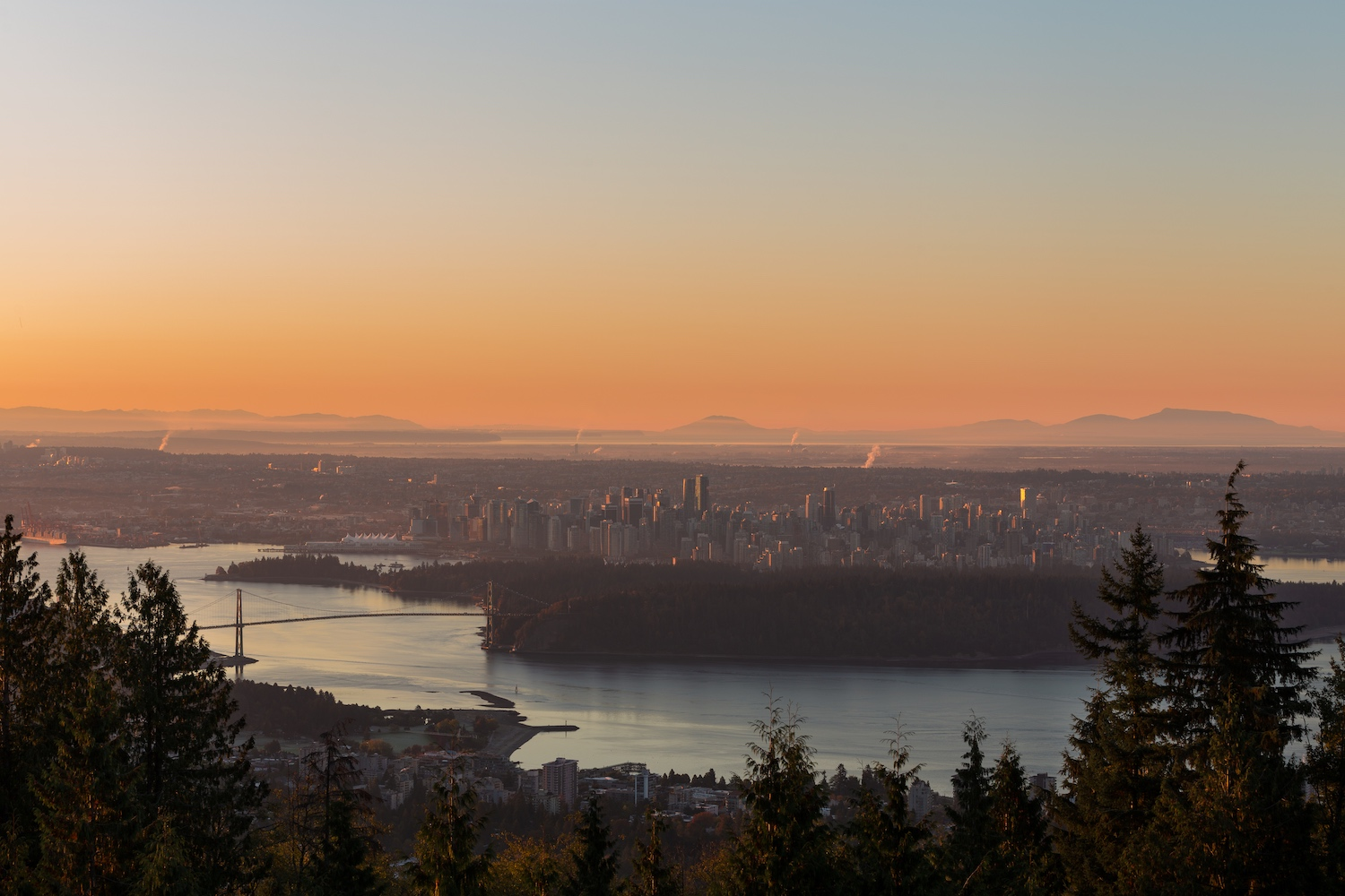 cypress mountain viewpoints in vancouver