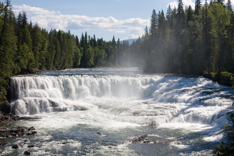 dawson waterfalls bc