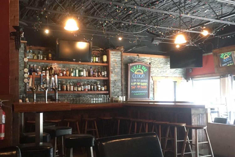 elwoods bar