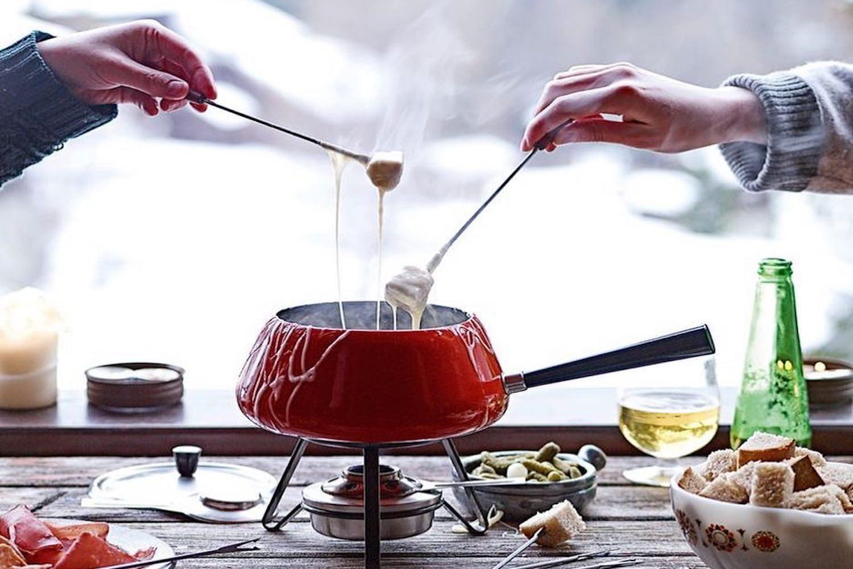 fondue cheese dip