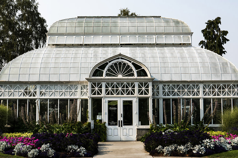 volunteer park conservatory botanical gardens seattle