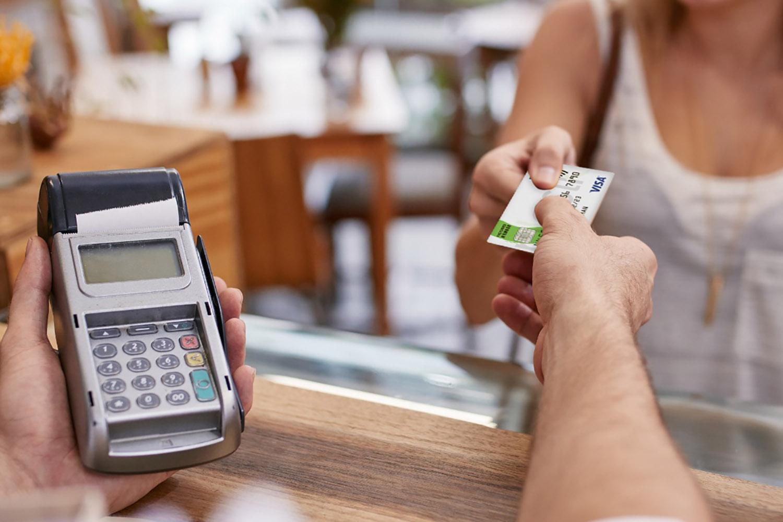 plastk credit card