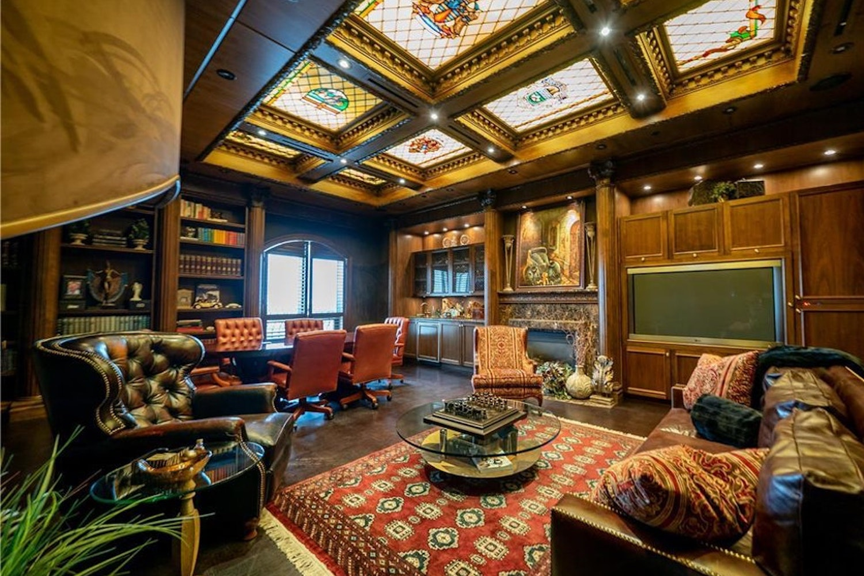 winnipeg penthouse