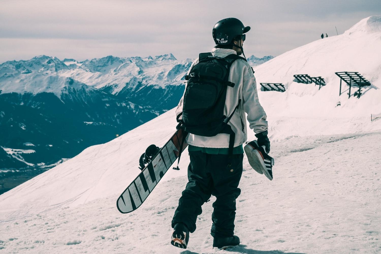 ski deals near calgary