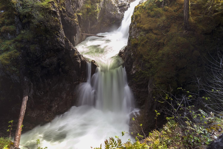 waterfalls bc