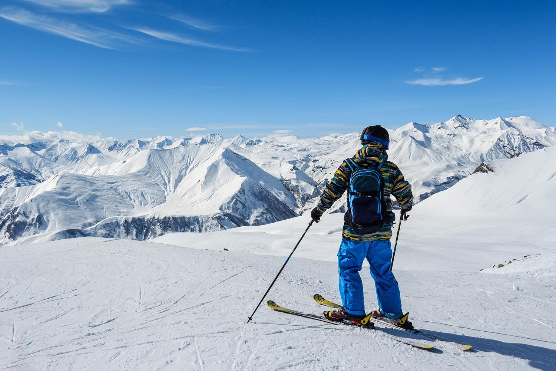 ski whistler contiki