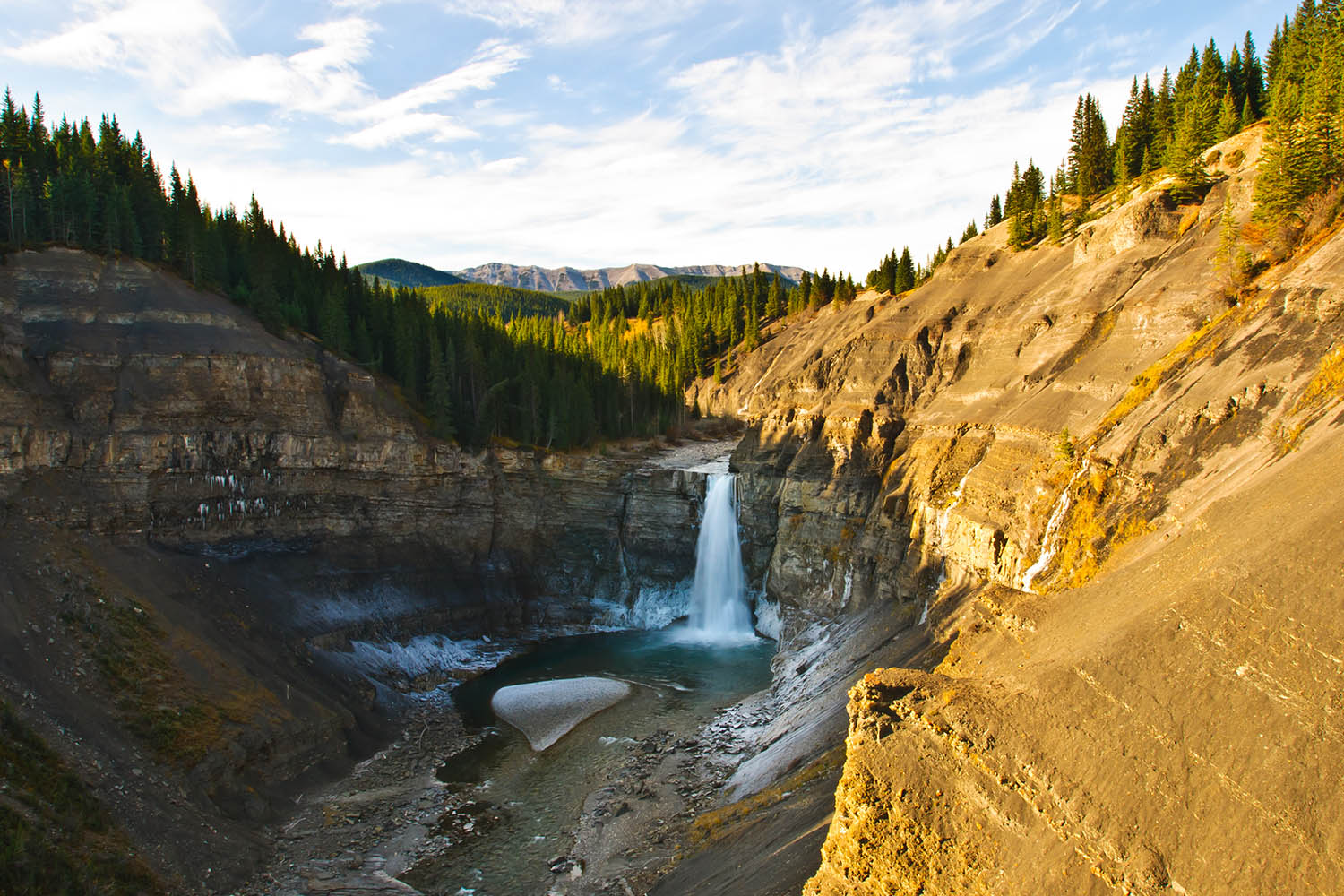 10 of the most stunning spring destinations in Alberta