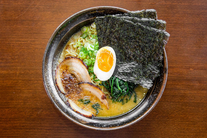 tonkotsu-shoyu-black-garlic-ramen-tekkotsu ya best ramen calgary