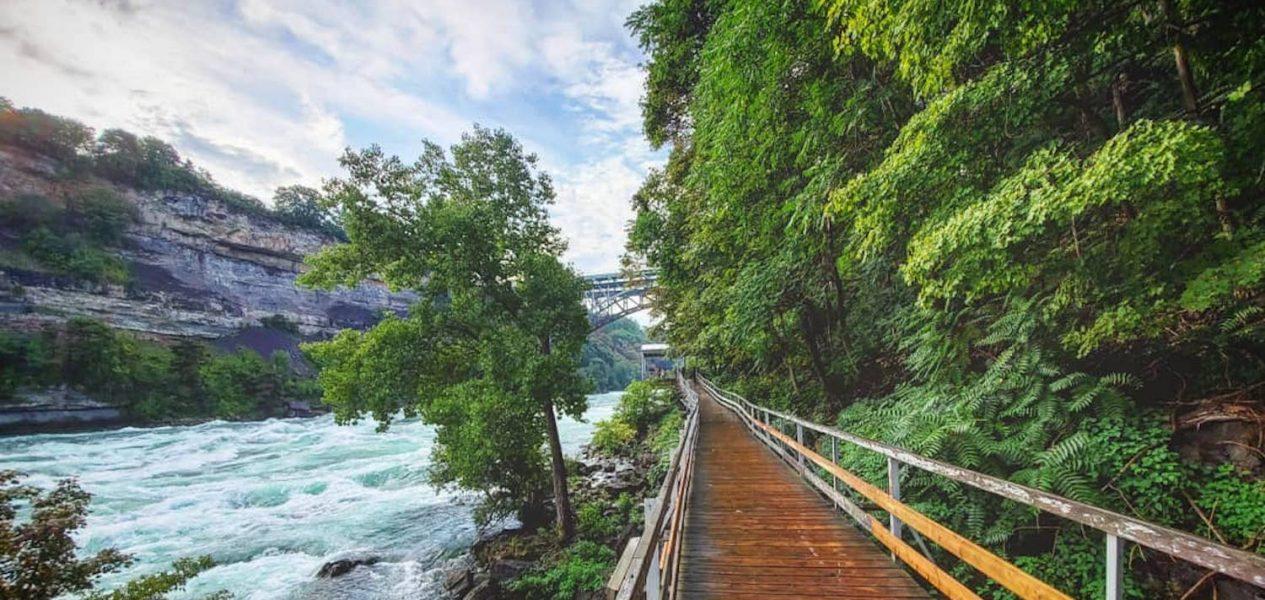 white water walk parks niagara