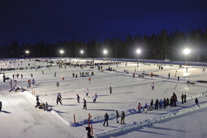 World Pond Hockey Tournament in Plaster Rock New Brunswick Canadian winter facts