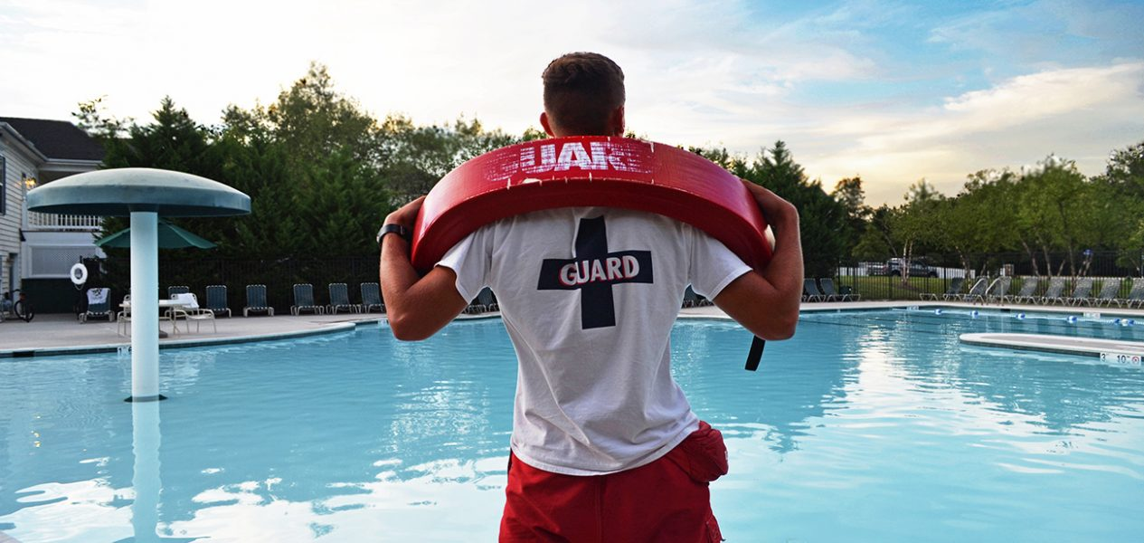 lifeguard on duty summer jobs young canadians canada