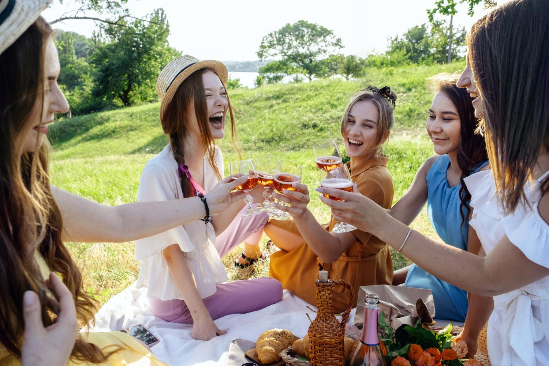 public drinking vancouver toronto
