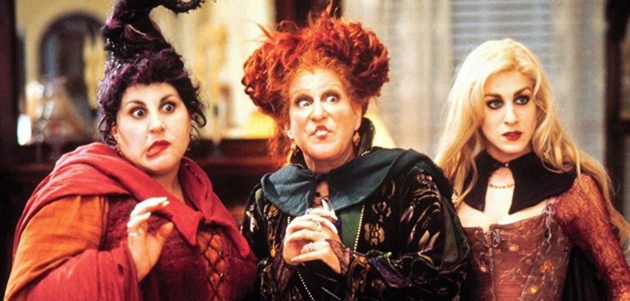 Disney just officially announced a Hocus Pocus 2 with it's original cast!