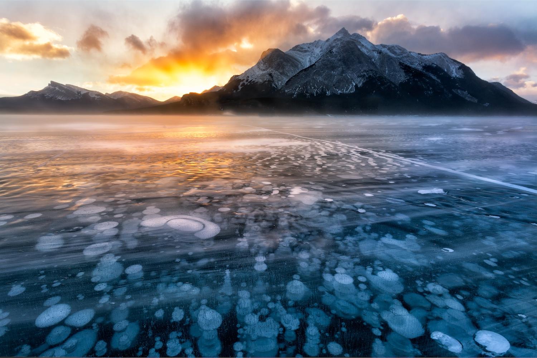 stunning lakes canada