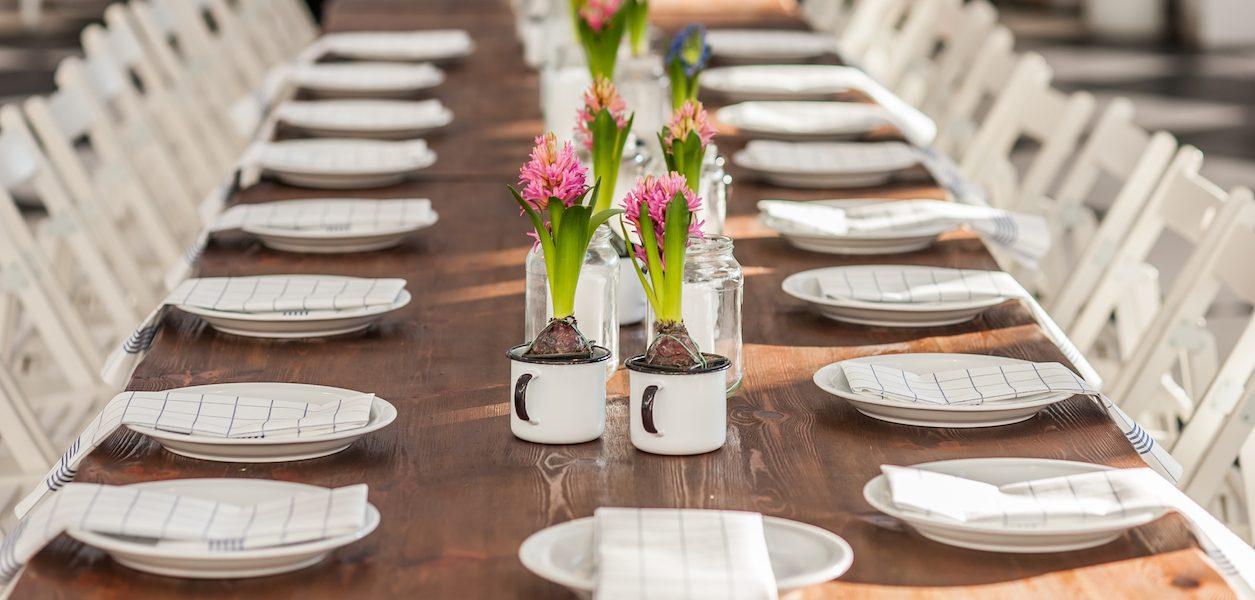 longest dinner table