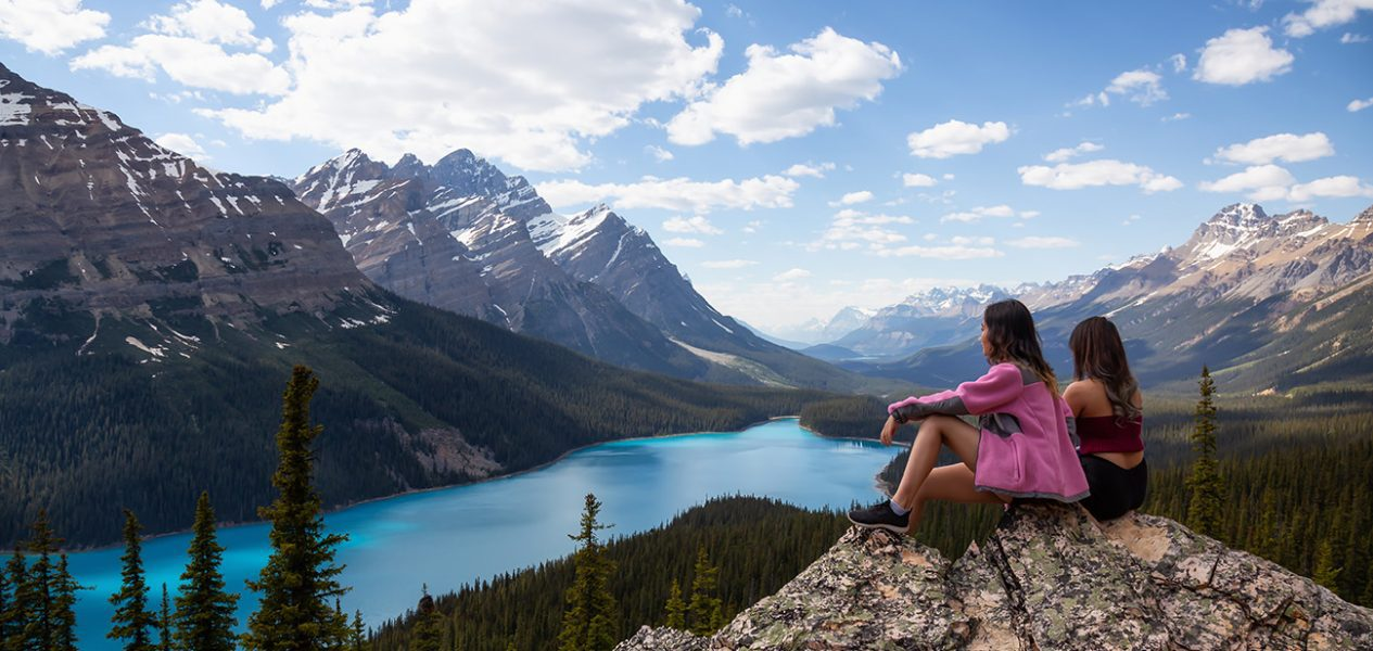most beautiful lakes in canada