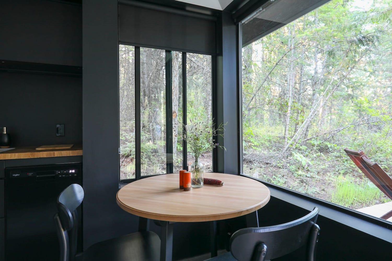 modern cabin bc