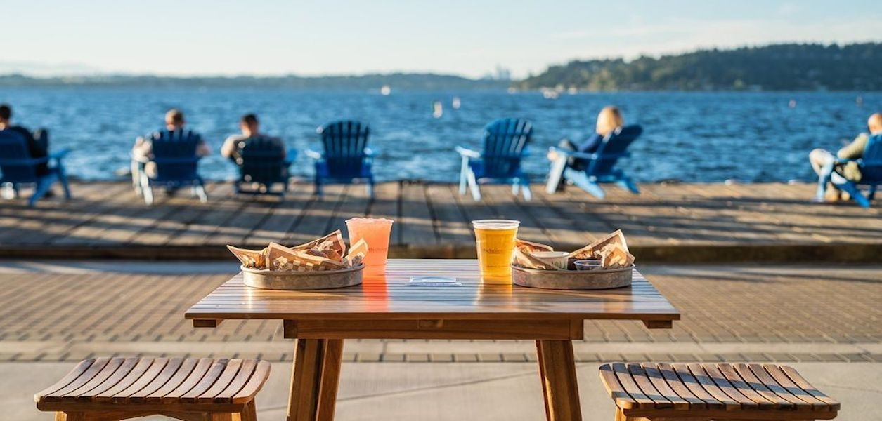 dock & drink