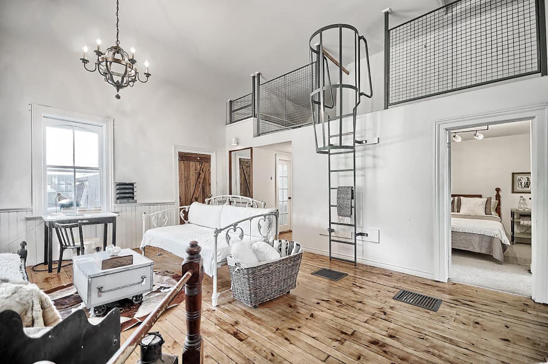 unique airbnbs ontario