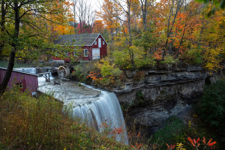 waterfalls near toronto decew falls