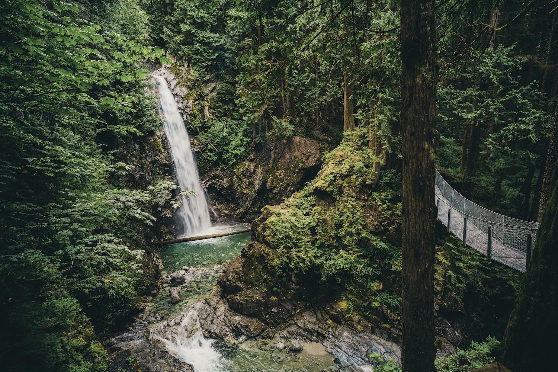cascade waterfalls bc