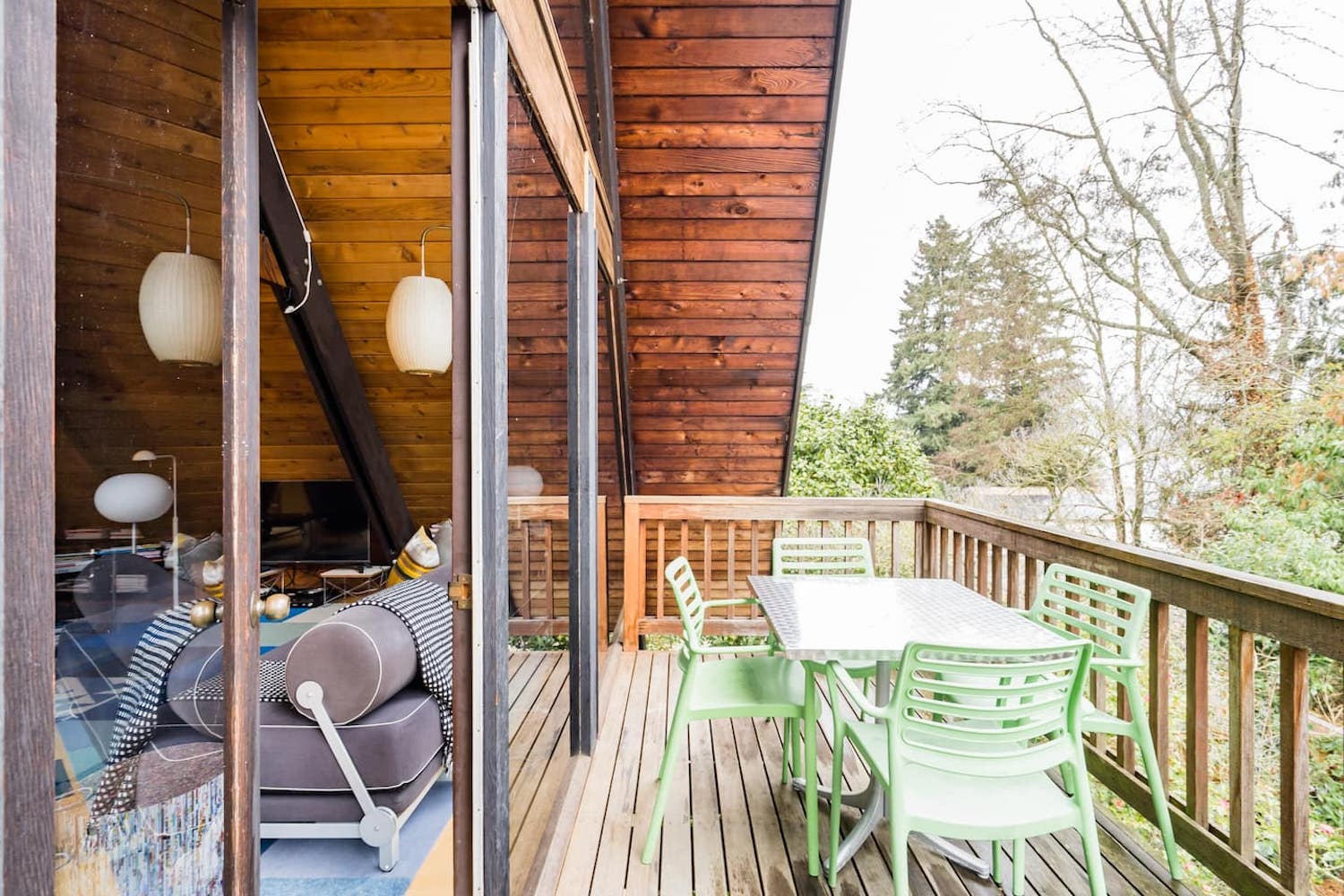 seattle airbnb