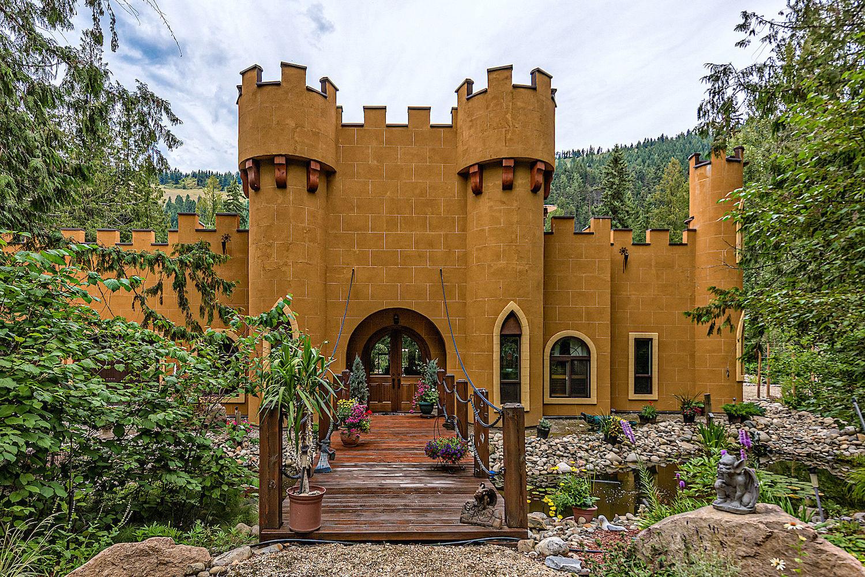 castle for sale bc