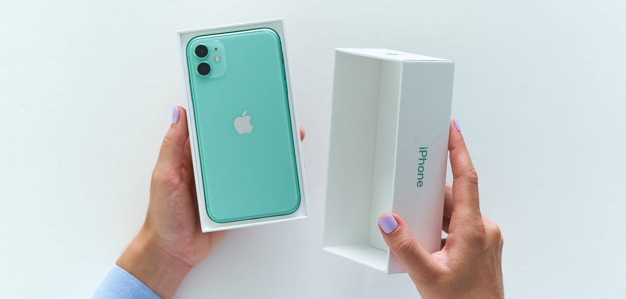 refurbished iphones for sale in canada
