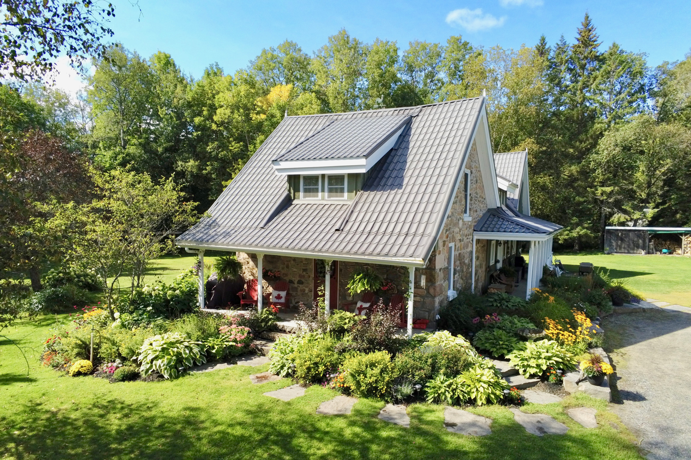 best airbnbs canada