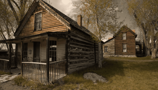 15 spooky Alberta ghost towns that you have to check out this fall