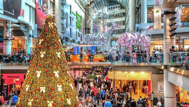 canada holiday shopping trends 2021