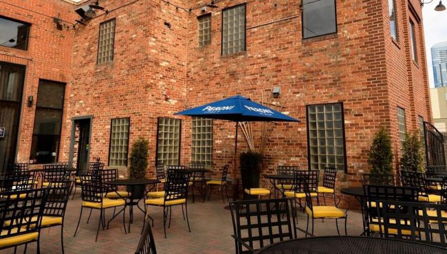 best outdoor dining restaurants canada the parlour